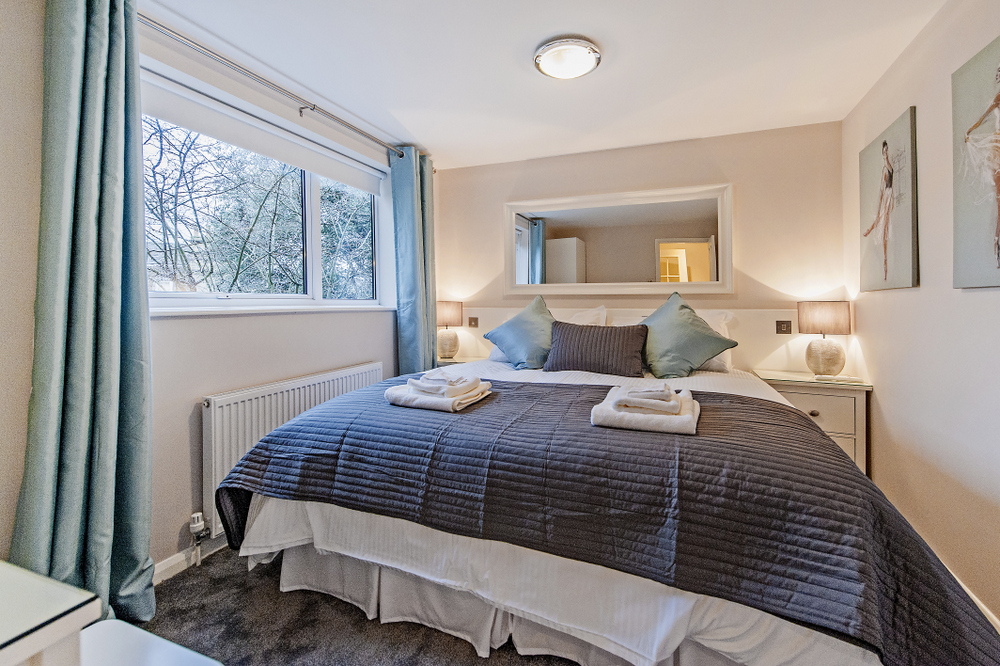 Hedgemead Court luxury self-catering apartment in Bath city centre - Second Bedroom