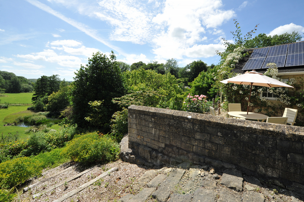 Tucking Mill View - Luxury self-catering cottage garden view