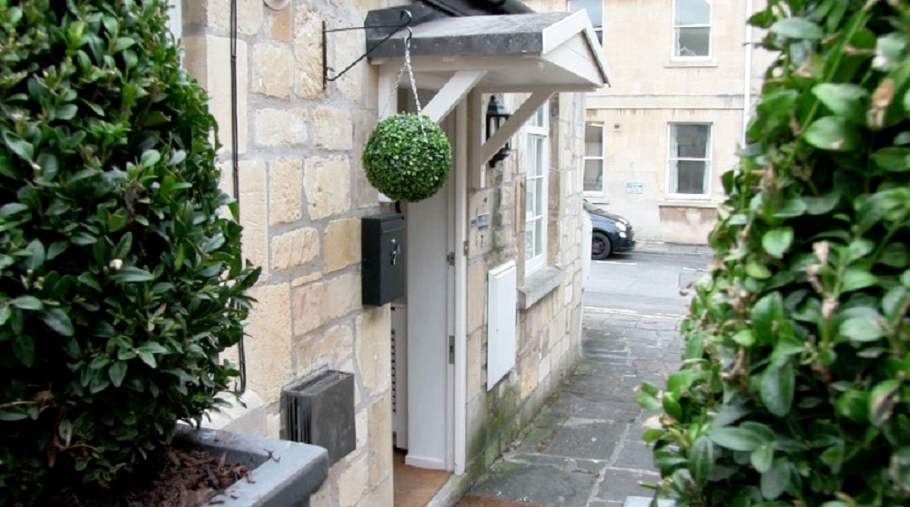 The Old Smithy Loft Bath city centre holiday apartment