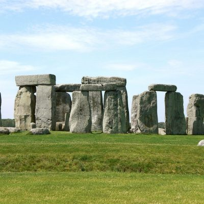 Stonehenge wonder of the world and popular sightseeing destination from the holiday lets