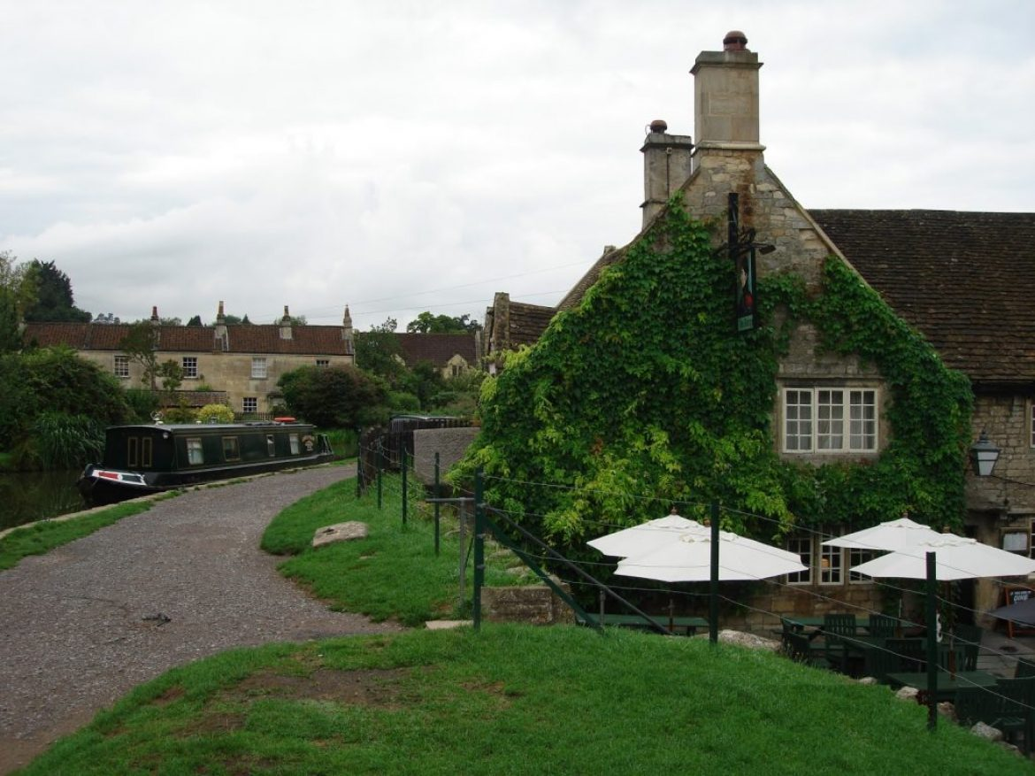 Go Visit the George Inn in Bathampton – Pubs by the River