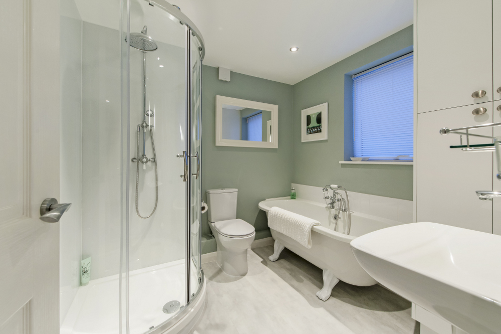 Hedgemead Court luxury self-catering apartment in Bath city centre - Bathroom