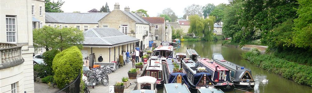 Canals in Bath - boating attractions