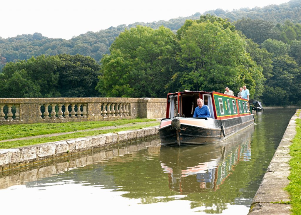 Kennet & Avon Canal through Bath
