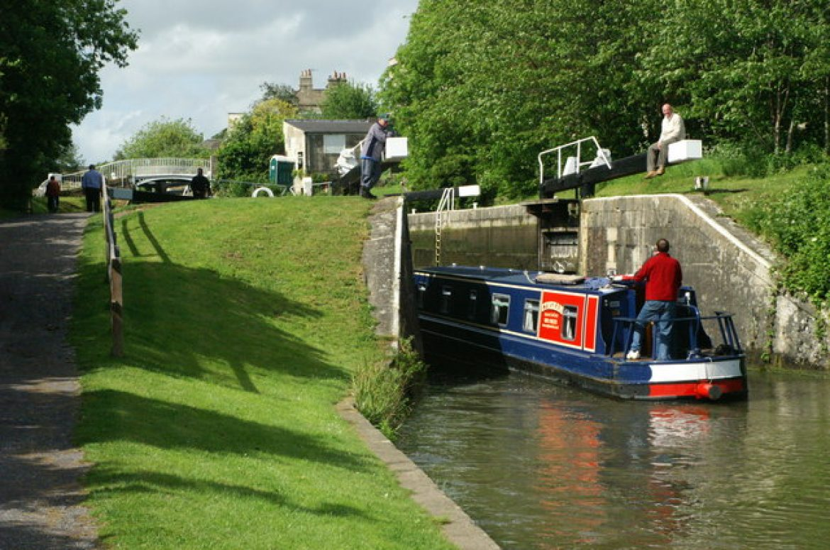Relax along the Kennet & Avon Canal